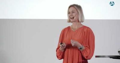 Embedded thumbnail for Corporatetjejen som blev entreprenör – Kvinnokvällen Göteborg 12 oktober 2020