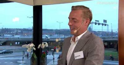 Embedded thumbnail for Fondspara till halva avgiften - VD Daniel Aarenstrup, Savr